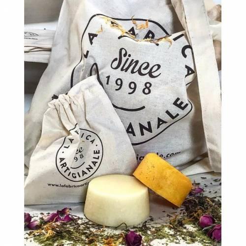 Pack Cabello sedoso y brillante,champú y acondionador , de la Fabric Artigi